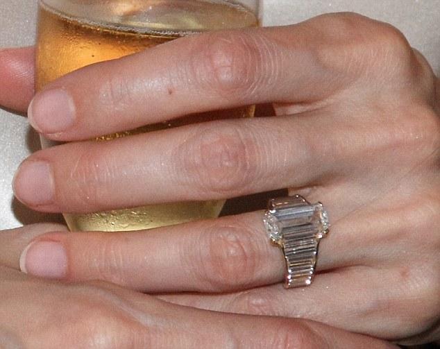 Brangelina Engagement Ring - $250k Engagement Ring Adores Angelina Jolie's Finger