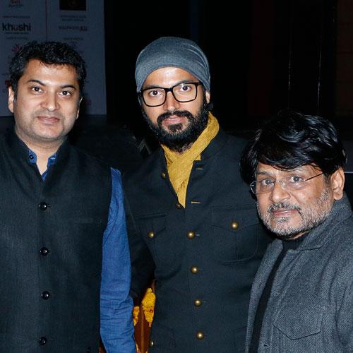 Gajendra Kumar Gupta, CEO – Johareez.com Auctions Pvt. Ltd. With Raghuveer Yadav & Prashantt Guptha, Brand Ambassador, Johareez.com