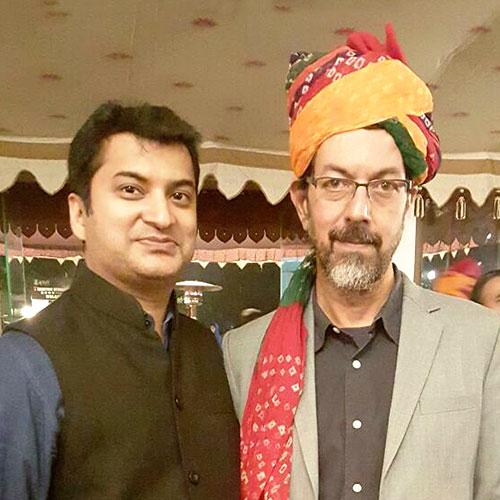 Gajendra Kumar Gupta, CEO – Johareez.com Auctions Pvt. Ltd. With Rajat Kapoor