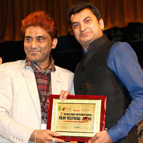 Gajendra Kumar Gupta, CEO – Johareez.com Auctions Pvt. Ltd. With Somendra Harsh