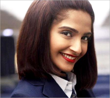 Source: nowrunning.com (Sonam Kapoor)