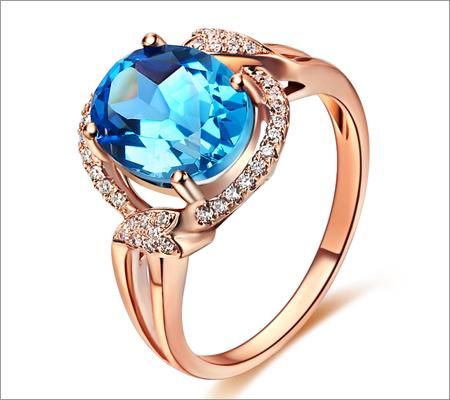 Gold Gemstone Ring (Source: aliexpress.com)