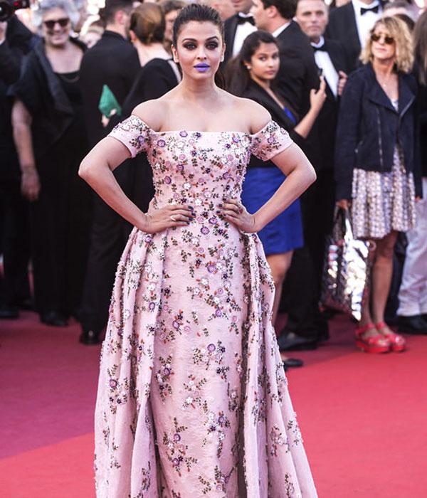 Aishwarya Rai Looks Stunning (Source: tomandlorenzo.com)