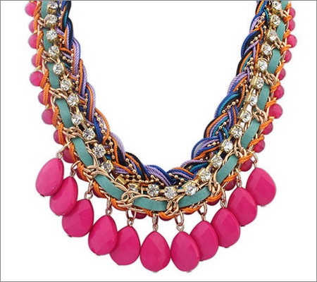 Color Blocking Necklaces (Source: aliexpress.com)