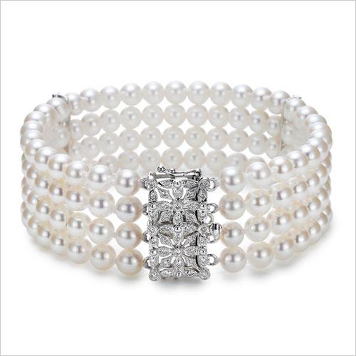 Pearl Bangle (Source: boudreauxsjewelers.com)