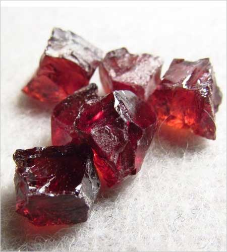 Red Zircon (Source: pinterest.com)