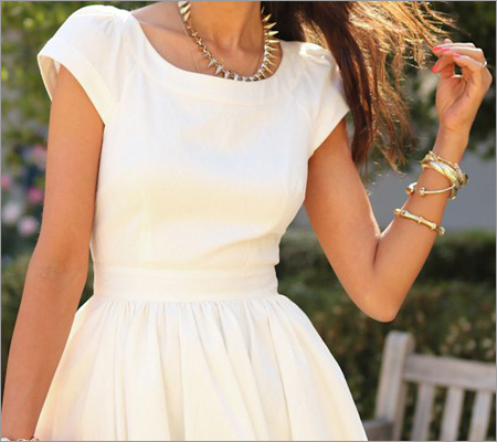 Shift dress with chunky bracelets (Source: pinterest.com)