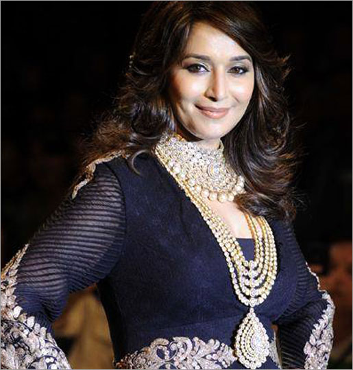 Go For Designer Jewellery (Source: indiatimes.com)