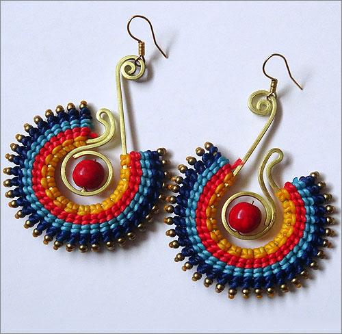 Handmade Jewellery (Source: glitterballmagazine.com)