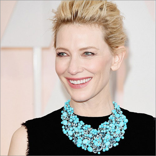 A Statement Necklace (Source: dailymail.co.uk)