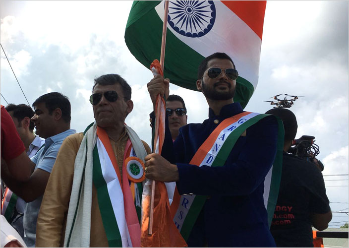 Prashantt_With_Indian_Flag